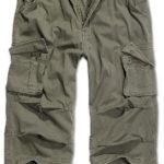 Stylové kalhoty 3/4 délky Industry Vintage firmy Brandit nabízejí všechny výhody dlouhých kalhot v pohodlné letní délce. Na modelu vycházejícím z již klasických armádních kalhot M65 zůstaly zachovány všechny nepostradatelné kapsy (vpředu, vzadu a na stehnech). Brandit je však mírně aktualizoval. Postranní kapsy v pase jsou průhmatové, a tudíž lépe přístupné, klopa s patentem zůstala nicméně zachována jako artefakt. Stehenní kapsy mají zkosené dolní rohy a jsou měchovité v celém okraji. Výrobce navíc kalhoty ozvláštnil množstvím působivých detailů jako zdvojená poutka pro opasek, pošití na klopách zadních kapes, kovové průvleky s tkanicí vzadu v pasové linii a doplňkový úložný prostor na pravé stehenní kapse. Vše podtrhuje opraný vzhled a dostupnost v několika barevných variantách včetně nezvyklé kostkované. - potisk na levé boční kapse - nakládaný materiál v oblasti kolen - poklopec na zip - stahování konce nohavic - tajná kapsička zevnitř v pasové linii Materiál: 100 % bavlna